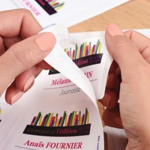 Boîte de 200 étiquettes badges adhésifs tissu 80 x 50 mm
