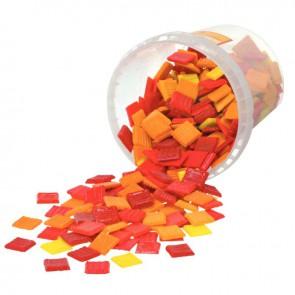 Seau de 1 kg de mosaïques 2x2 cm en pâte de verre rouge, orange, jaune